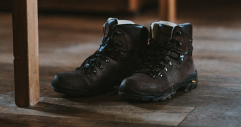 hoking boots