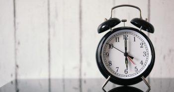 alarm-clock-KEB9WHR (1)